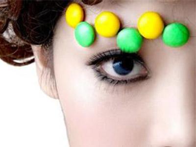 眼部的皱纹怎么去除 不同年龄段不同方法