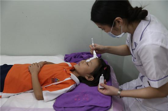 湛江第一整形7岁烧伤女孩祛疤整形过程