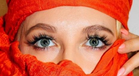 嫁接眼睫毛怎么做打造眼部的神韵