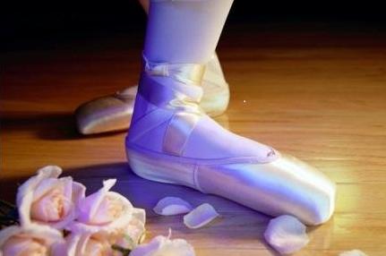 腿部韧带拉伤的原因 急救方法有哪些