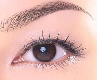 埋线双眼皮的价格 拥有一双美丽动人的双眼