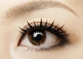 眼睫毛种植价钱 手术的详细过程