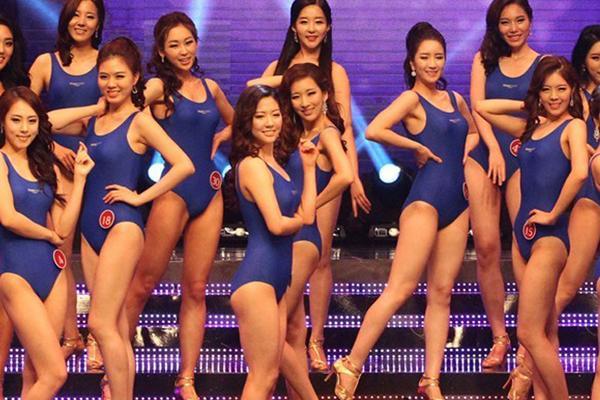 铜陵晶美整形医院韩国小姐比赛现场 被大家吐槽同一个竞赛同一张脸