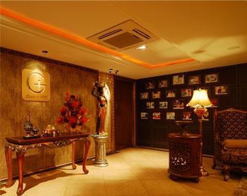 西安高一生超级豪华的大厅