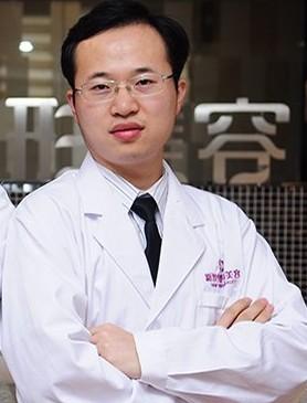 福州新世纪整形李阳 福州新世纪整形美容医院