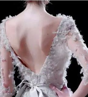 深圳米兰柏羽做背部吸脂的方法