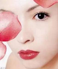 上海新星做埋线双眼皮痛吗