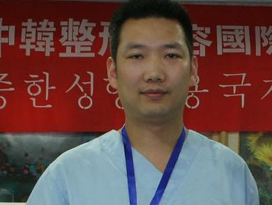 Dr Peter  郑州秦明灿医疗美容整形医院