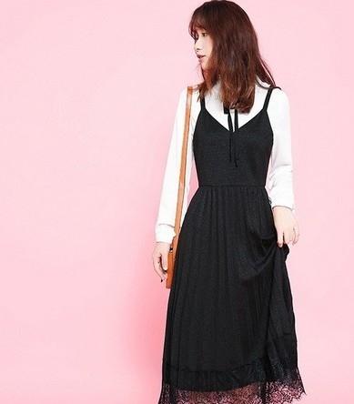 俏皮甜美的连衣裙如何搭配