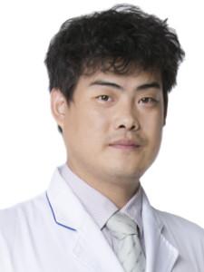 广州胜康整形科郑文涛
