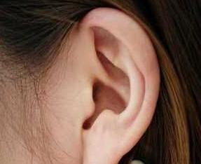 深圳港美做附耳手术的最佳时间