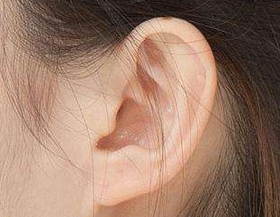 副耳切除手术适宜7-8岁时候做