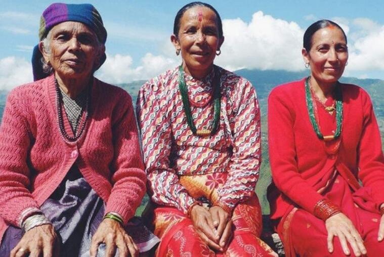 泉州欧菲整形医院尼泊尔的女性去出售她们的皮肤 供给妇人做整形