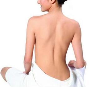 背部做吸脂多久会有效果