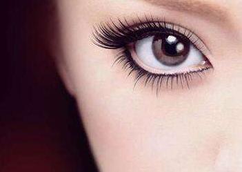 北京医院激光科切开双眼皮术后疤痕很明显吗