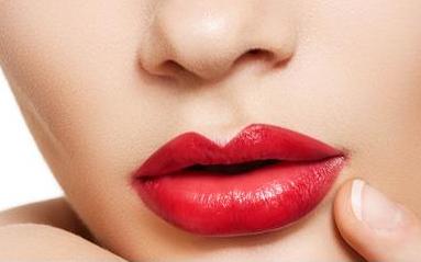 长沙美之峰胶原蛋白丰唇能维持多久