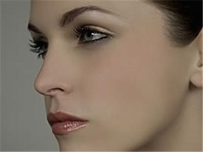 鼻翼缩小手术多少钱 鼻翼缩小术方法
