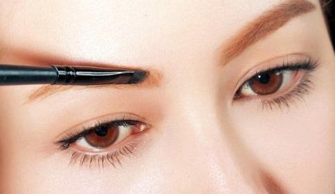 眉毛种植会留疤吗 术后如何护理