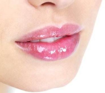 玻尿酸丰唇后如何护理恢复快
