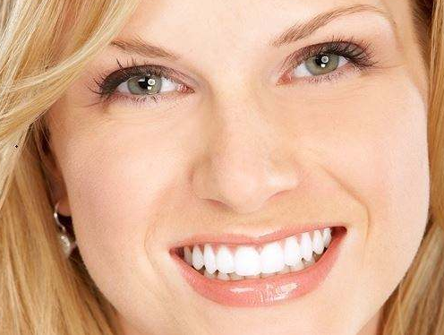 地包天矫正多少钱 校正牙齿的年龄