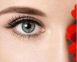 割双眼皮要多少钱 哺乳期可以割双眼皮吗