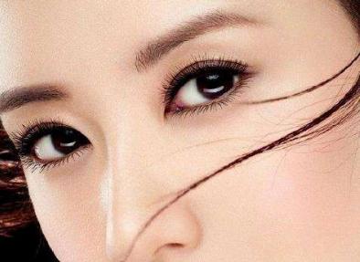 外眼角下垂怎么办 外眼角提升好吗