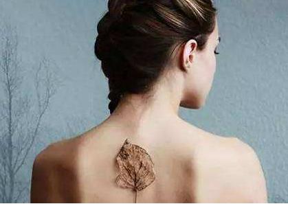 肩部吸脂过程 术后护理