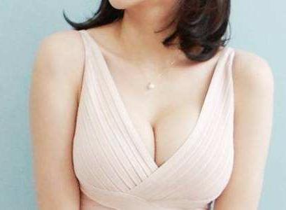 自体脂肪丰胸 最安全的隆胸方式