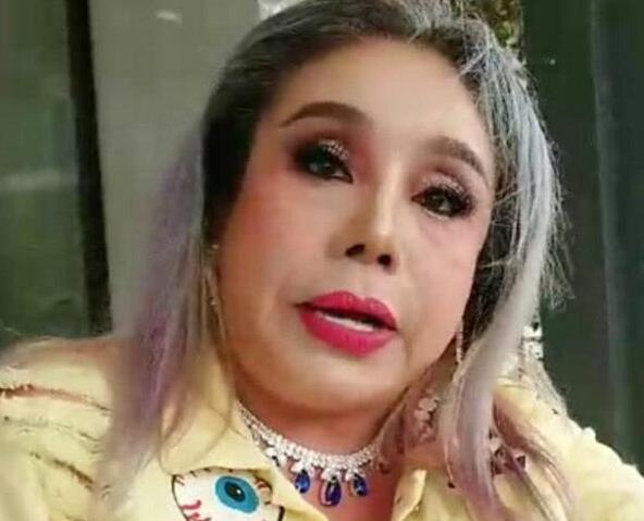 60岁富婆丽娜张整容 前后换过12任老公