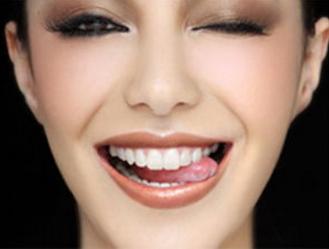 牙齿畸形到底有多影响颜值 牙齿矫正术来帮忙