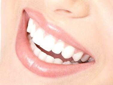 吃货们不用愁 牙齿缺损种植牙来帮忙