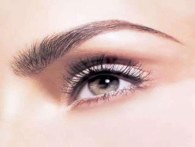 眉形不好看 选择绣眉让你眉眼如画