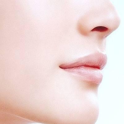 北京知音是正规么 自体脂肪丰唇有没有后遗症
