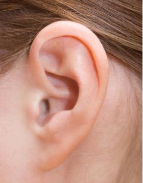 玻尿酸丰耳垂 给你一个有福气的耳朵