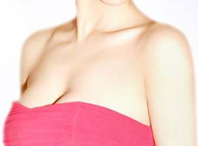 南宁胸部整形价钱 乳房下垂矫正价格