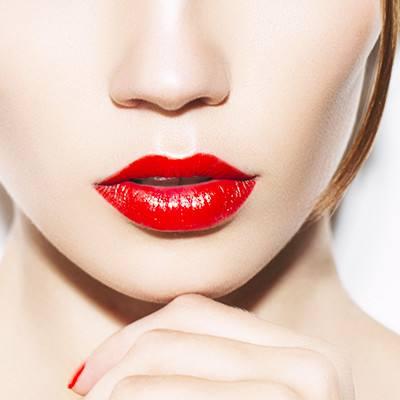 武汉伊丽莎白自体脂肪丰唇 让您拥有持久性感双唇
