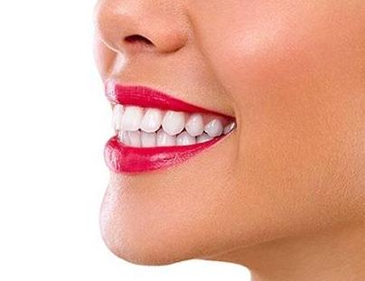 广大口腔医院牙齿矫正不分年龄 成人也可以做牙齿矫正