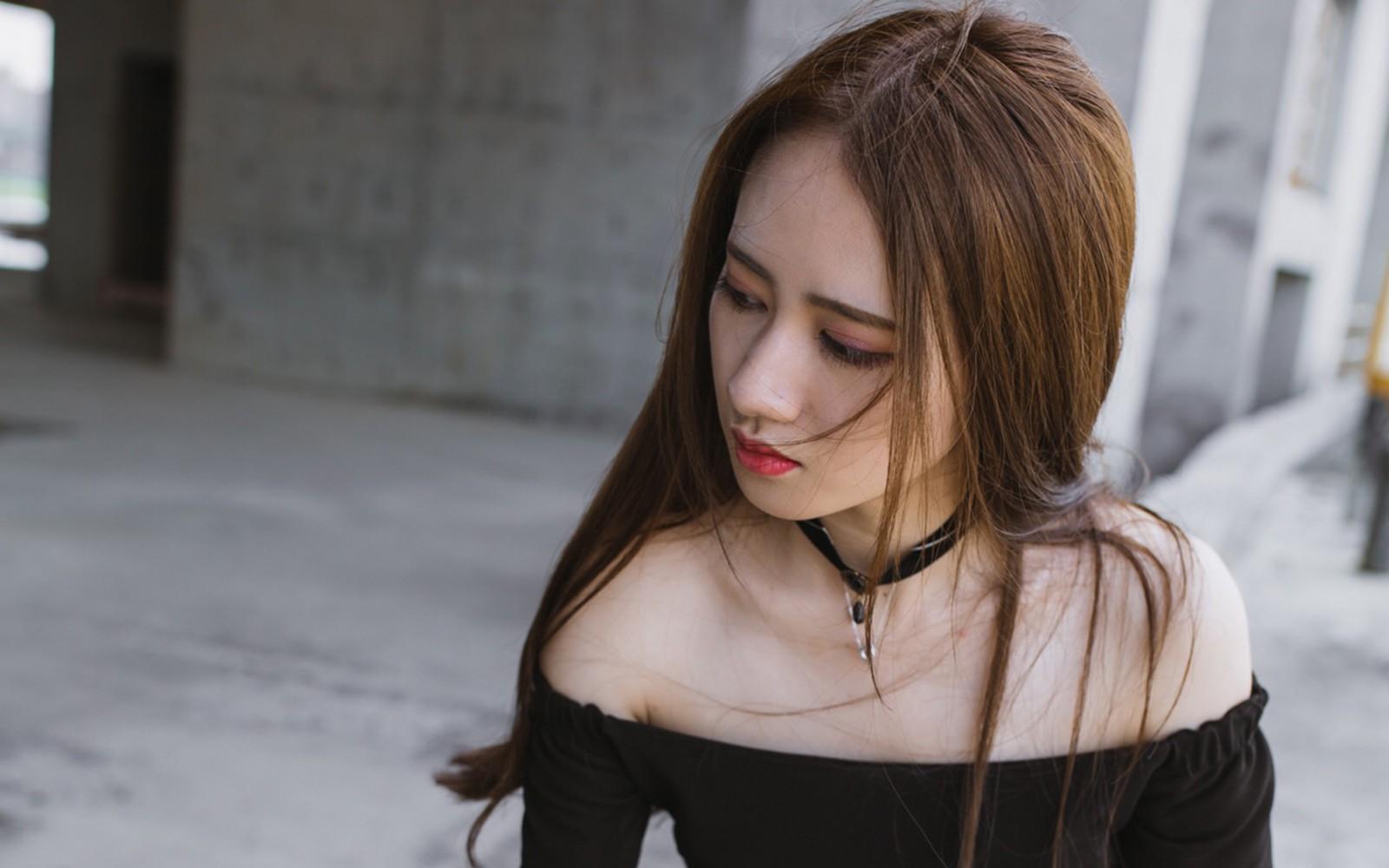 南京张东整形张东亲临激光点痣 完美直达肌肤