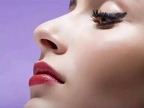 沈阳假体隆鼻有哪些 釜帝医疗美容隆鼻价位是多少