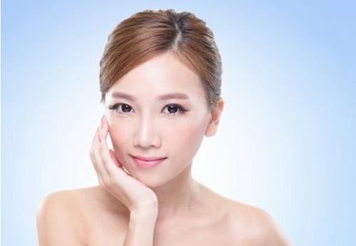 广州博仕整形白瓷娃娃 肌肤如水豆腐般嫩嫩的