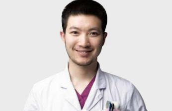 广安悦美整形医院尹斌