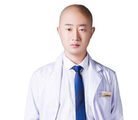 宜昌伊莱美整形医院刘志兵