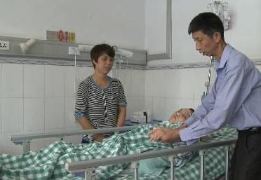 女子微整形后被送进ICU抢救 花费超50万元