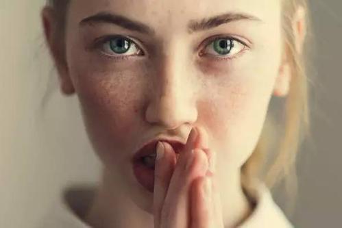 自制美白去斑面膜有效吗 厦门思明欧菲美白祛斑方法
