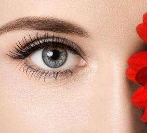 做双眼皮手术恢复时间 专家说这个没有固定时间