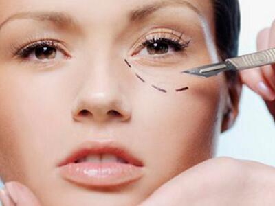 祛眼袋手术多久能恢复 如何护理