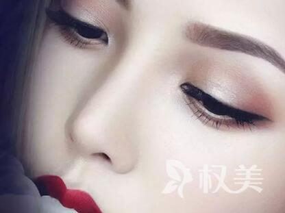 扬州维扬区人民医院整形科玻尿酸注射隆鼻要多少钱