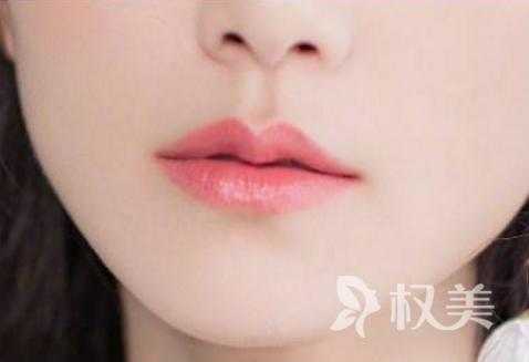 漂唇后多久能恢复正常 术后护理很关键