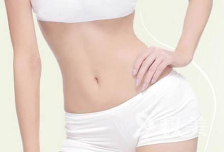 如何减去腹部赘肉 腹部吸脂最快速有效的瘦身方法
