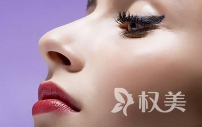 北京隆鼻哪家医院好 正规医院假体隆鼻一般5-7天即可拆线
